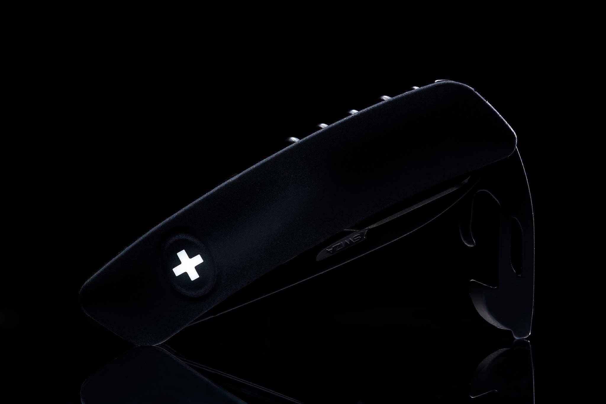 Swiss All Black