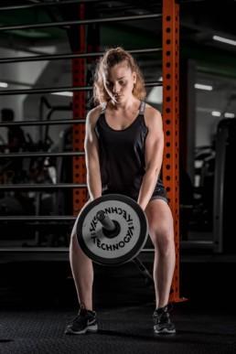 Day Night Sports Frau beim Training